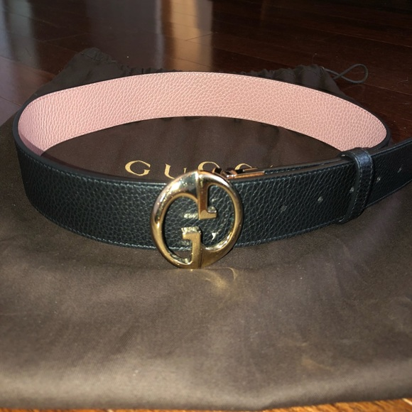 2fc9571db35 Gucci Accessories - Gucci Reversible Belt Size 80 cm